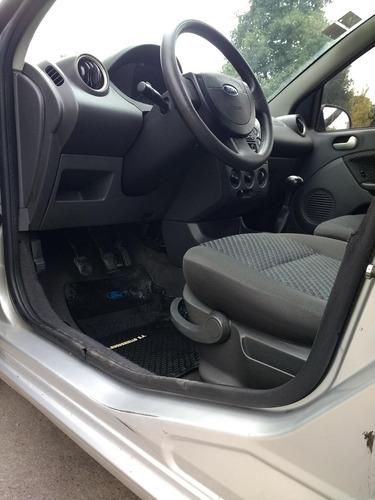Ford Fiesta 0 Foto 9