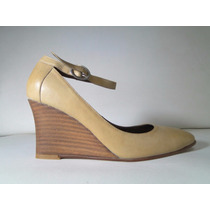 33 Designs - Art.79 - Zapato Cuero Con Taco Chino Y Pulsera