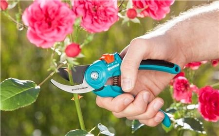 Tijeras De Jardín B/s-m Regulable Gardena 8857 Aquaflex