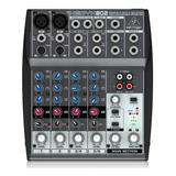 Consola Mixer Behringer Xenyx 802 4 Canales