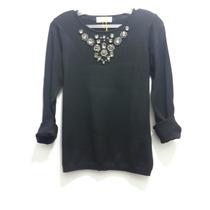 Sweater Tejido Fino Con Piedras Cuello