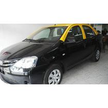 Toyota Etios Xs Negro 2016 Ac