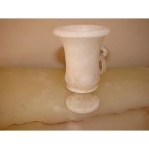 Anfora De Alabastro Italiano Color Blanco. A Restaurar