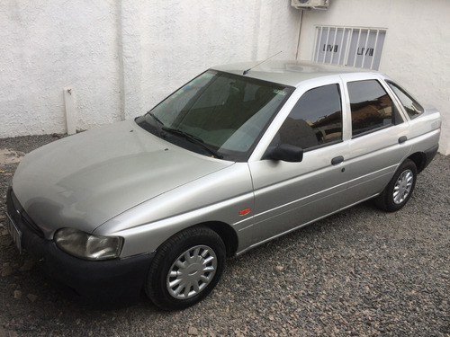 Ford Escort 1.8 Lx - Liv Motors