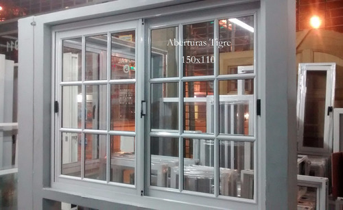 Ventana de aluminio blanco 1 50 x 1 50 mts vidrio for Precio poner ventanas aluminio