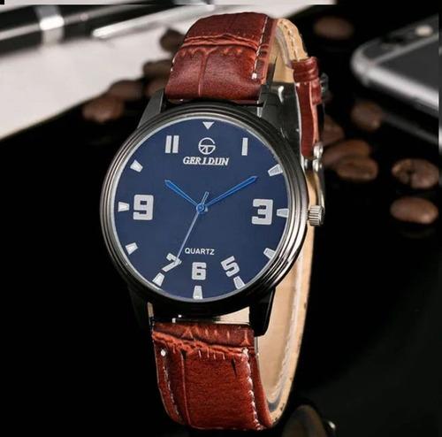 c540804e2aa0 Reloj De Hombre Mujer De Lujo Luxury Elegante Cuero.   329
