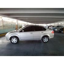 Ford Fiesta Max Edge Plus Tdci 1.4 El Mas Full (impecable)