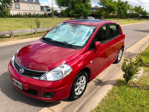 Nissan Tiida Tekna 2010