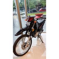 Moto Yamaha Xtz 125 Con Casco Y Seguro Bonificado