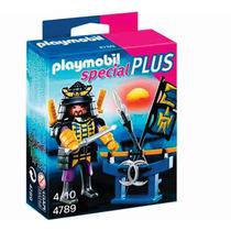 Muñeco Playmobil Samurai Con Estante De Armas - Manglar Toys