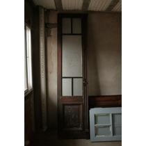 Puerta doble hoja con aberturas en pisos paredes y for Puertas antiguas dobles