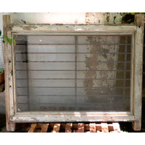 Ventana Antigua 2 Hojas De Abrir Y Vidrio Repartido
