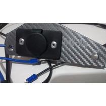 Adaptador Toma 12v Motos,celular, Gps, Simil Carbono