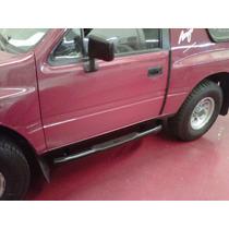 Estribos Chevrolet Silverado 96 Cabina Simple (color Negros)