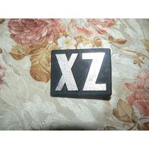 Insignia Zx, De Torino. Original. Nueva. Metalica.