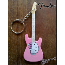 Llavero Guitarra Squier Hello Kitty Special Rosa