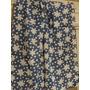 Pañuelo / Chalina 55 X 75 Cm Azul Acero Con Flores Y Lunares