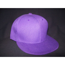 Gorra Visera Plana Lisa Color Violeta Snapback