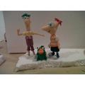 Adorno De Phineas Y Ferbs En Porcelana ...