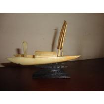Antigua Figura Oriental Barco A Vela Simil Marfil