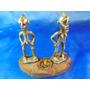 El Arcon Antiguas Figuras De Metal Labradas A Mano 16064