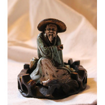 Figura De Teja China - Anciano Sentado