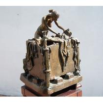Historical*- Escultura Bronce De Emiro Garzon Correa -envio