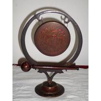 Antiguo Gong De Cobre Esmaltado Y Martillo De Madera India
