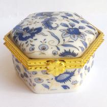 Pastillero Porcelana Blanco Azul Metal Dorado