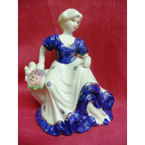 Figura Dama Antigua Con Ave Porcelana Alt.17 Cm China.(130f)