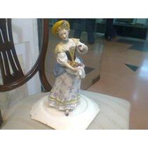 Hermosa Figura De Porcelana Hoscht Siglo Xviii Para Colecc