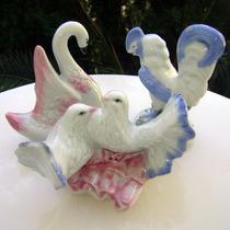 3 Figuras Porcelana Cisne, Gallo Y Palomas Oferta
