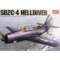 Academy Sb2c-4 Helldiver 1/72 12406 Milouhobbies