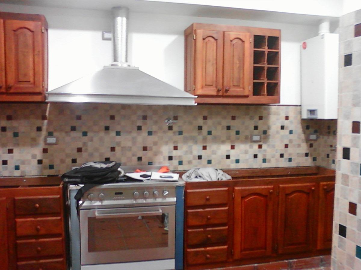 Cocina comedor de algarrobo for Muebles de cocina zona sur