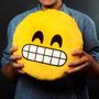 Almohadón Emoticón Smiley Emoji Dientes - Local Villa Crespo