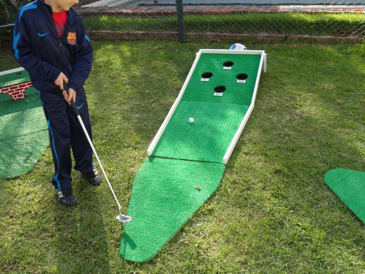 Juegos de mini golf de a 2 for Juego de golf para oficina