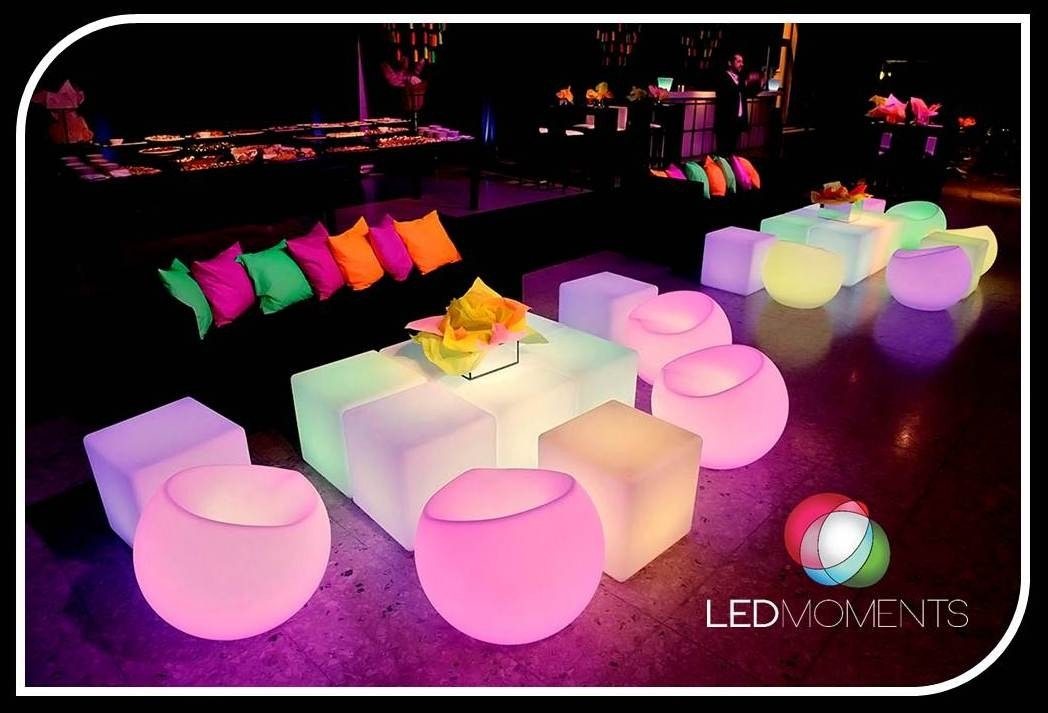 alquiler muebles luminosos led cubos sillones mesas barras