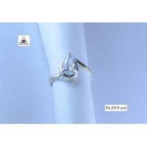 Anillo Con Piedra Blanca De Plata 925 Y Detalles Oro Diseño