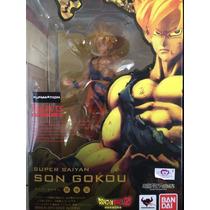 Son Goku - Dragon Ball Z - Super Saiyan