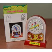 1970 Antiguo Reloj Juguete A Cuerda Con Pajaritos En Caja