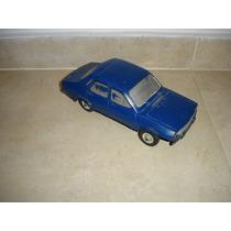Renault 12 Duravit Azul Antiguo. Se Retira En Once Cap.