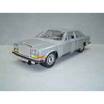 Rolls Royce Camargue - The First Lady - Burago 1/18