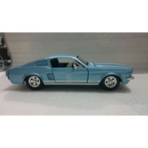 Ford Mustang Gt 1967 Escala 1:24