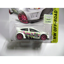 Autito Hot Wheels Ford Fiesta 2014 T Hunt Coleccionable Nuev