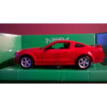 Ford Mustang Gt Año 2005- 1/24 Welly Coleccion Devoto Toys