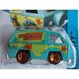 Hot Wheels 2013 The Mystery Machine Scooby - Doo (caballito)