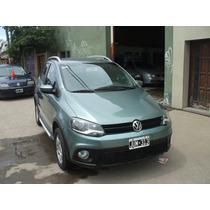 Volkswagen Crossfox Confortline 1,6 2011