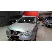 Volkswagen Bora Highline 1.8 Turbo Tiptronic Cuero 2011