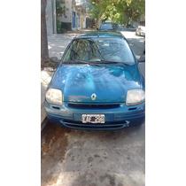 Clio 2 1.2 16v Sedan 4 Ptas. Año 2002