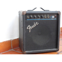 Fender Bxr 15 Bass Amp